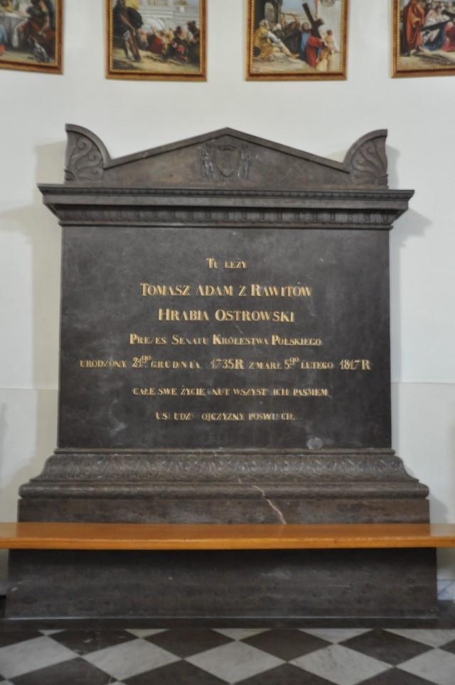 epitafium poświęcone T. Ostrowskiemu