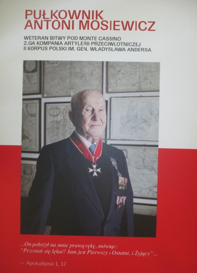 plakat-mosiewicz.JPG