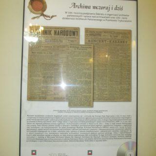 Wystawa wstulecie Archiwów Państwowych